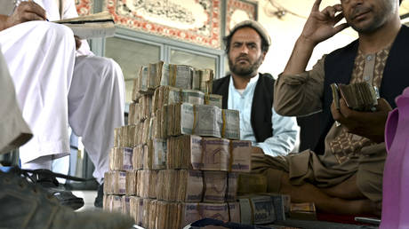 afghan-currency-crashes-amid-turmoil-as-central-bank-chief-flees-kabul
