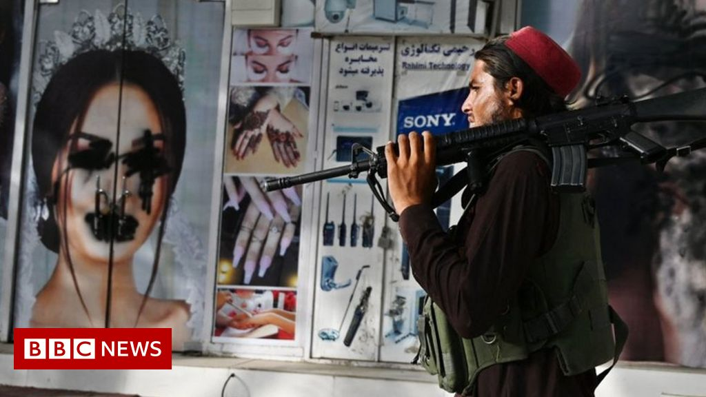 taliban-and-women:-kabul-university-student-on-fears-for-future