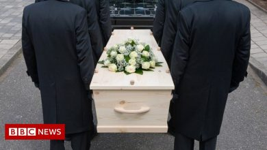 Photo of French woman arrested over jewellery thefts from coffins
