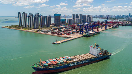 china-eases-regulations-on-hainan-to-let-foreign-firms-work-under-same-rules-as-chinese-companies