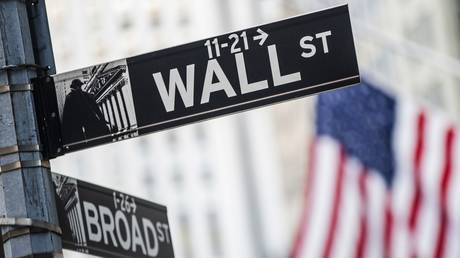 s&p-500-passes-historic-mark-of-4,500-points-after-us-fed-chair-powell's-speech