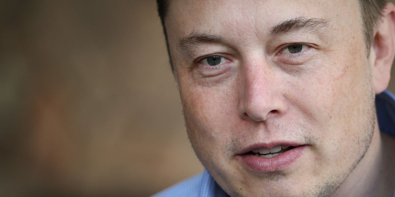 elon-musk-hosted-a-tesla-'all-hands'-meeting-here's-what-happened.