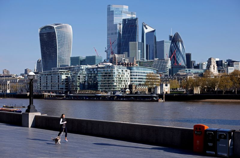 london-takes-aim-at-new-york-with-five-year-financial-plan