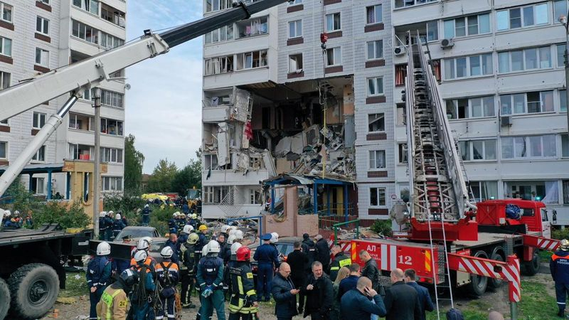 two-killed,-several-hurt-in-gas-blast-in-russian-apartment-block