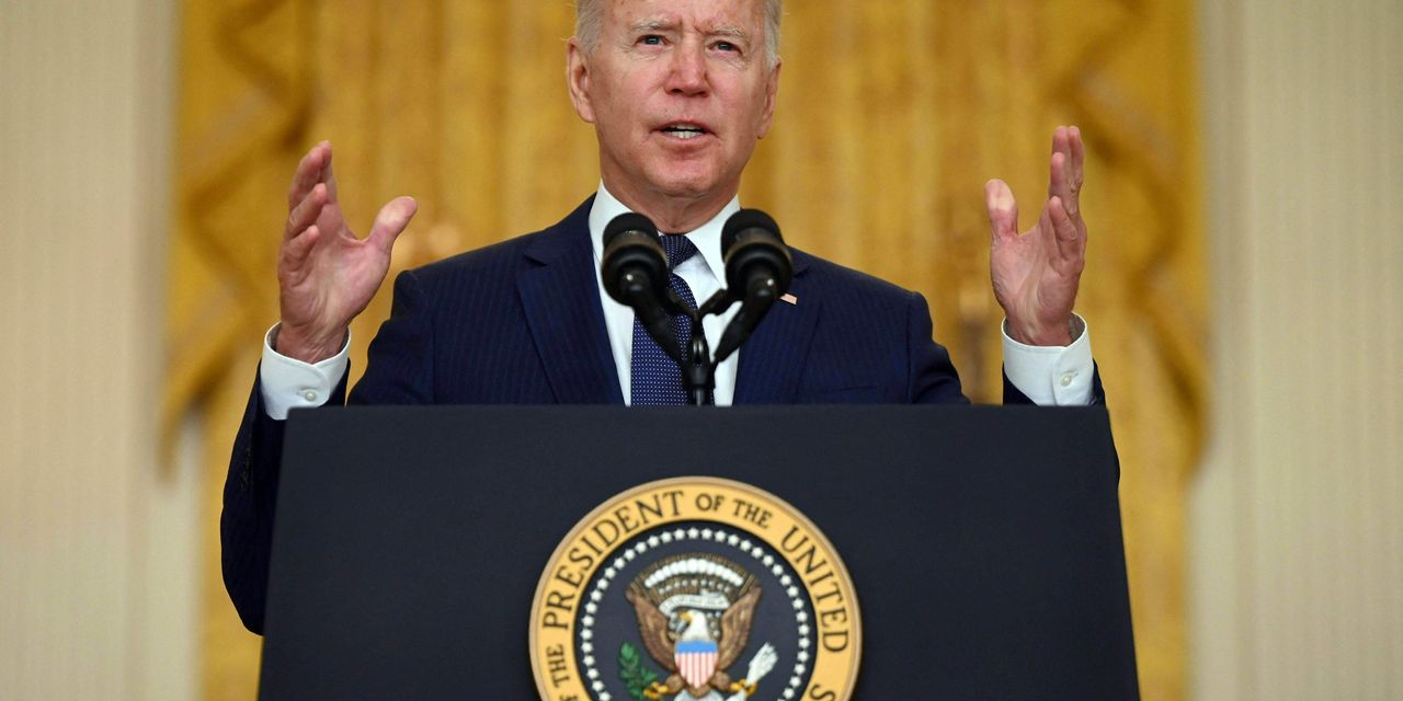 why-stocks-are-likely-to-rise-if-biden's-approval-rating-keeps-falling