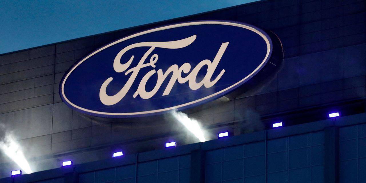 ford-exits-car-manufacturing-in-india-here's-what-that-means.