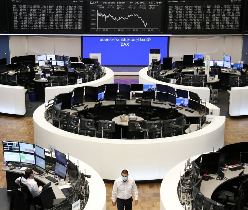 european-stocks-gain-on-tech-and-luxury-boost,-but-set-for-weekly-losses