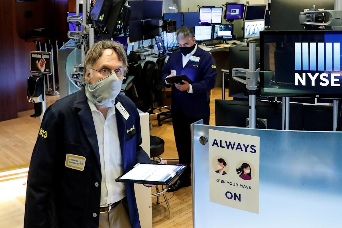 stock-market-news-live-updates:-wall-street-struggles,-eyes-5-day-losing-streak-as-inflation-data-shows-big-jump