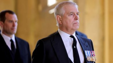 Photo of Prince Andrew has been served with sex abuse accuser Giuffre's lawsuit -court filing