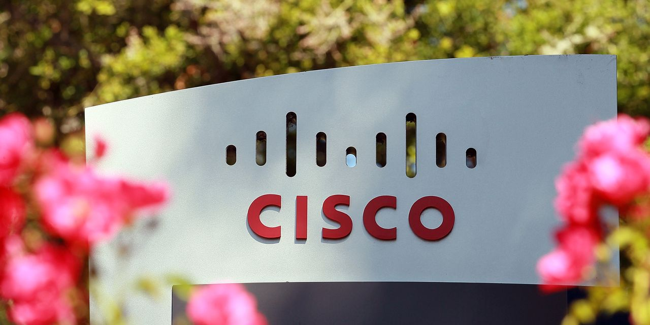 cisco-is-on-a-roll-it's-make-or-break-time-for-the-stock.