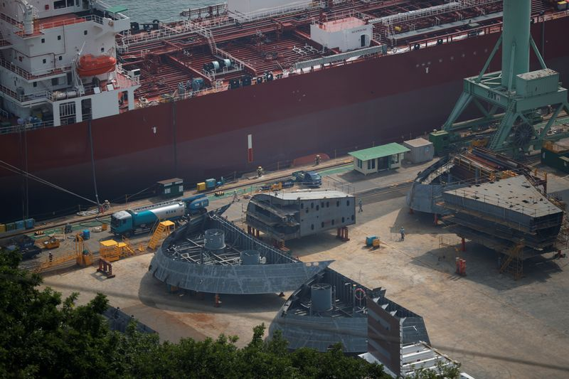 hyundai-heavy-industries-shares-jump-above-ipo-price-on-debut