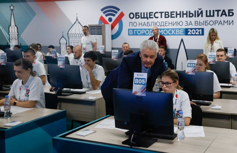 russian-pro-putin-party-wins-majority-after-crackdown;-foes-cry-foul