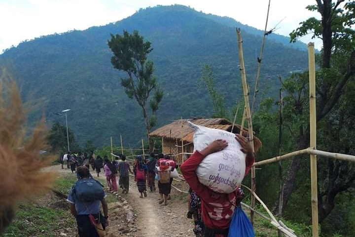 myanmar-town-near-india-border-sees-exodus-as-thousands-flee-fighting