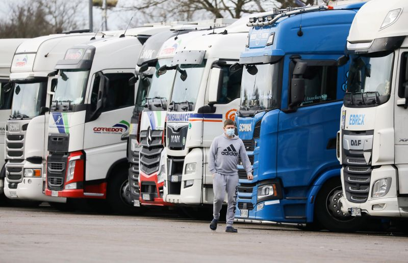 with-some-gas-stations-closed,-britain-vows-to-solve-trucker-shortage