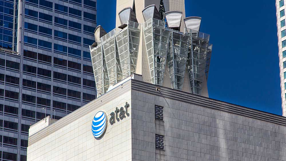 at&t-stock:-is-it-a-buy-right-now?-here's-what-earnings,-charts-show