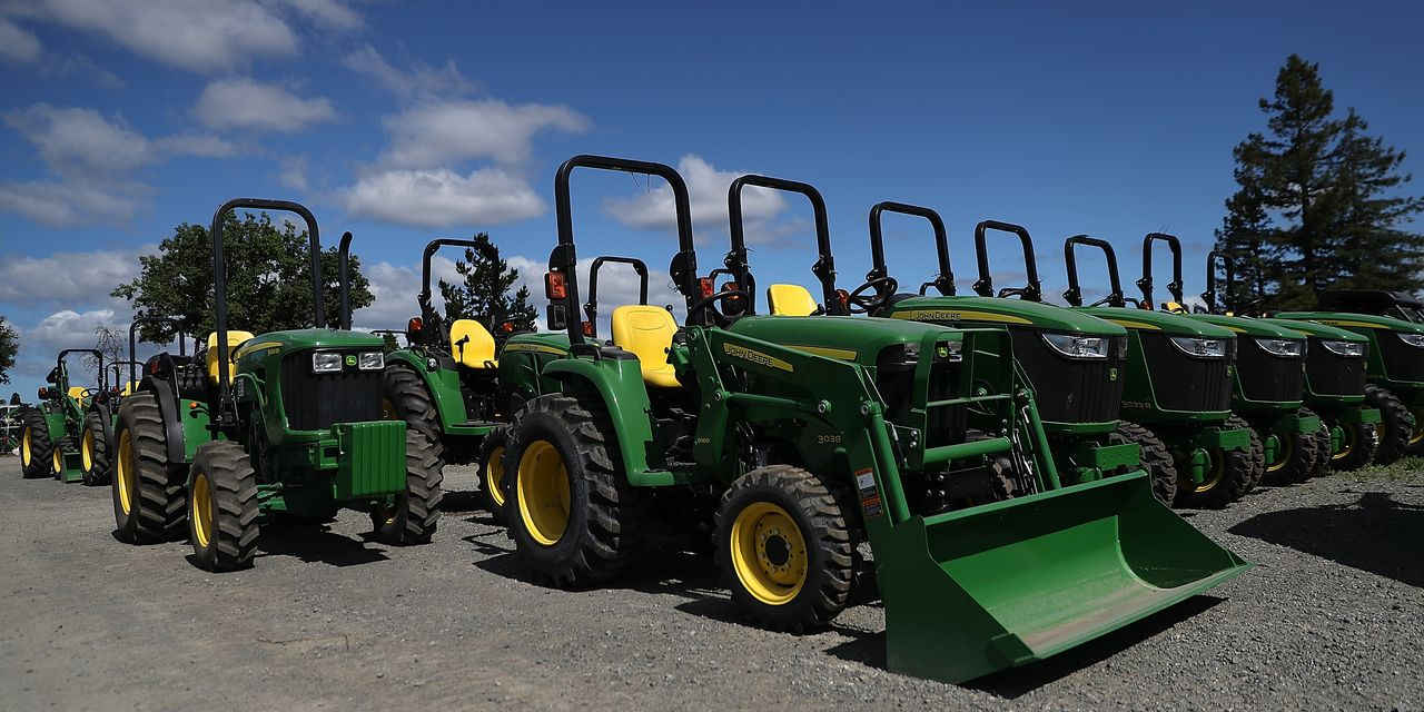 deere-workers-just-went-on-strike-here's-what-they-want.