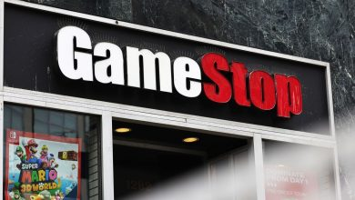 Photo of A Big Fund Slashed Its Stake in GameStop Stock. It Bought Moderna and Palantir.